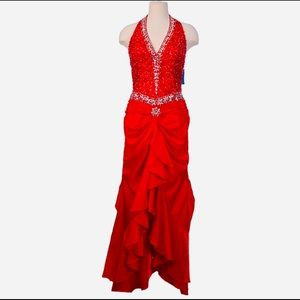 AWESOME RED DRESS Full of rhinestones